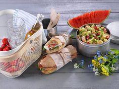 Den perfekte piknik-maten - MatPrat Pulled Pork, Fresh Rolls, Sandwiches, Ethnic Recipes, Food, Noodle Salads, Cilantro, Pull Pork, Meal