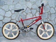 Customizing Your Bicycle Rims Fox Racing Logo, Bmx Racing, Brand Identity Design, Branding Design, Corporate Branding, Logo Design, Haro Bikes, Bmx Cycles, Vintage Bmx Bikes