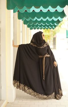 Abaya is a long dress women wear abaya upper side of the dress. They dress up abaya when they go out Arab Fashion, Islamic Fashion, Muslim Fashion, Modest Fashion, Abaya Mode, Mode Hijab, Abaya Designs, Muslim Girls, Muslim Women