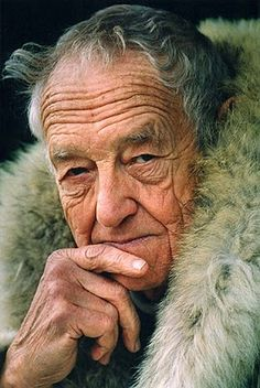 Andrew Newell Wyeth-(July 12, 1917 – January 16, 2009) was a visual artist, primarily arealistpainter, working predominantly in aregionaliststyle. He was one of the best-known U.S. artists of the middle 20th century.In his art, Wyeth's favorite subjects were the land and people around him, both in his hometown ofChadds Ford, Pennsylvania, and at his summer home inCushing, Maine.