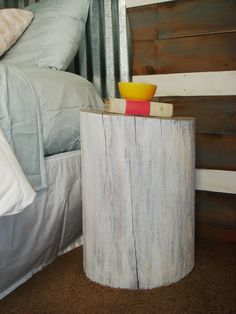 stump stool/bedside table by Diane Lawson Log Furniture, Unique Furniture, Furniture Sets, Tree Stump Side Table, White Side Tables, Cottage In The Woods, Cozy Place, Easy Home Decor, Bedroom Themes
