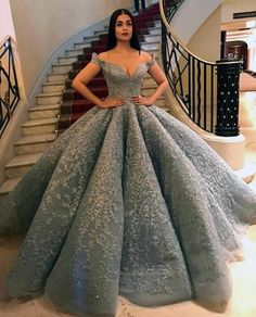 Elegant ball gown prom dress with appliques 2021
