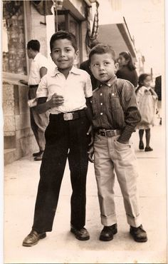 a64a0bf85192 My uncle and my father - Guatemala City