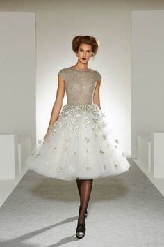 That dress is so gorgeous!