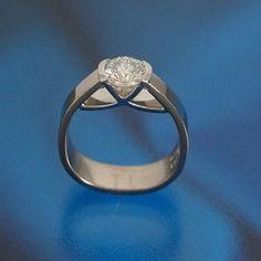 Ring Bella Coola Diamond Engagement Ring