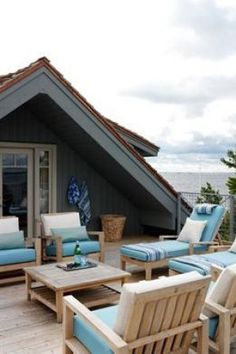 Modern beach homes - style ideas - Sarah Richardson - roof deck - Sarahs Cottage - Georgian Bay.jpg