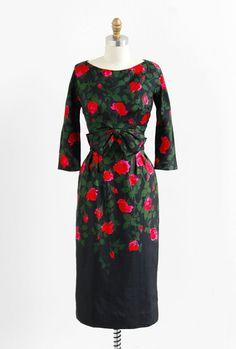 vintage 1950s black + red roses cocktail dress.