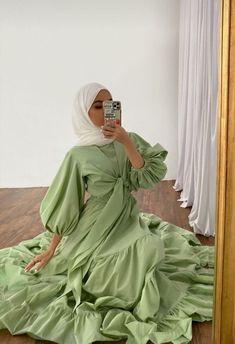 #wedding dresses for muslim islamic clothing Hijab Fashion Summer, Modest Fashion Hijab, Modern Hijab Fashion, Street Hijab Fashion, Hijab Fashion Inspiration, Abaya Fashion, Muslim Fashion, Fashion Outfits, Modest Outfits Muslim