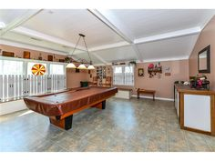 Looking for the perfect game room that could also be an additional bedroom of living area? Find it here in this home for sale close to Bethany Beach DE - 104 S Newport Dr, Dagsboro DE
