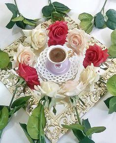Coffee Love, Coffee Art, Coffee Cups, Tea Cups, Good Morning Coffee, Good Morning Friends, Love Images, Beautiful Pictures, Montreal Botanical Garden
