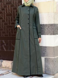 Such a unique We love the green and black combo. From SHUKR Islamic Clothing Abaya Fashion, Modest Fashion, Fashion Outfits, Abaya Designs, Queen Style, Abaya Mode, Moslem Fashion, Muslim Dress, Hijab Dress