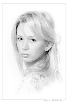 #девушка #портфолио #портрет #настроение #глаза #high #key Photographer: Александр Путев
