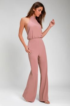 It's time to grab your camera and capture every second in the Moment for Life Dusty Pink Halter Jumpsuit! Woven jumpsuit has a halter bodice and wide pant legs. Wedding Jumpsuit, Backless Jumpsuit, Pink Jumpsuit, Rompers Dressy, One Shoulder Jumpsuit, Pantalon Large, Wide Pants, Mode Outfits, Jumpsuits For Women