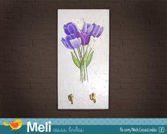 Perchero/portallaves con tulipanes sobre relieve