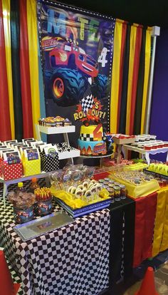 Car Themed Parties, Cars Birthday Parties, Birthday Fun, Birthday Ideas, Hot Wheels Birthday, Hot Wheels Party, Baby Boy Birthday Themes, Race Car Party, Monster Truck Birthday