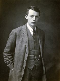 On this day in #chemistry  May 3rd  English physicist George Padget Thomson was born on this day in 1892 Thomson shared the Nobel Prize in Physics in 1937 with Clinton Davisson for their discovery of the wave properties of electrons when diffracted by crystals. He was the son of Nobel laureate Joseph John Thompson.