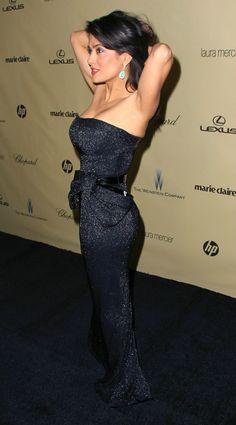 Salma Hayek Photos Photos - The Weinstein Company& 2013 Golden Globe Awards After Party - Arrivals - Zimbio Beautiful Celebrities, Beautiful Actresses, Gorgeous Women, Salma Hayek Body, Salma Hayek Pictures, Estilo Hippy, Mode Chic, Female Actresses, Lady