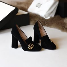 Gucci 'Marmont' black suede pumps | pinterest: @Blancazh