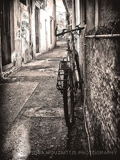 Bicycle in the back street, Corfu, Greece. Greece Photography, Inspiring Photography, Street Photography, Art Photography, Corfu Island, Corfu Greece, Concrete Jungle, City Streets, Greek Islands