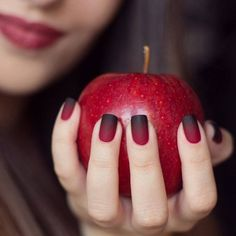 Beautiful manicure! Black and red gradient.