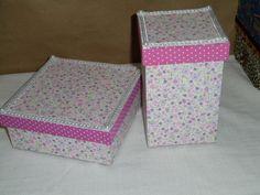 Caixa organizador encapada com tecido. Organizer box covered with fabric.