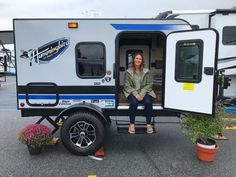 2018 Hershey RV Show: Our Top Picks from Jayco, Airstream, NuCamp and Little Guy – RV Family Travel Atlas – Famous Last Words Small Camper Trailers, Off Road Camper Trailer, Small Campers, Vintage Campers Trailers, Vintage Airstream, Airstream Trailers, Rv Campers, Camp Trailers, Travel Trailers