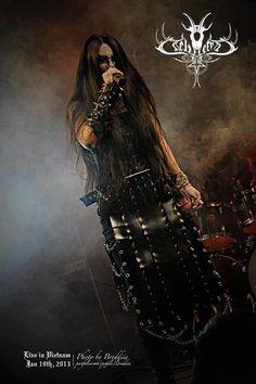 Countess Asithara, vocalist for black metal band Dei Tetra