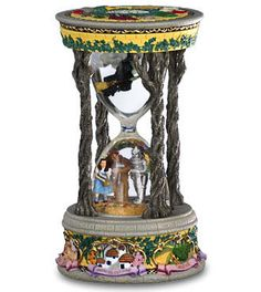 Wizard of Oz Hourglass this movie is one of the reasons I love hourglasses Wizard Of Oz Decor, Wizard Of Oz Movie, Wizard Of Oz Collectibles, Hourglass Sand Timer, Sand Timers, Land Of Oz, Yellow Brick Road, Judy Garland, Wicked Witch