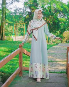 Image may contain: 1 person, standing and outdoor Batik Fashion, Abaya Fashion, Fashion Outfits, Womens Fashion, Fashion Muslimah, Style Fashion, Hijab Style Dress, Hijab Outfit, Moslem Fashion
