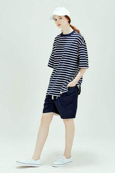 Wir lieben den Boyfriend Look. Das koreanische Label LIFUL präsentiert im neuen Lookbook, wie man den Schlabber-Style perfektioniert.