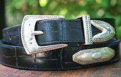 Vintage-Womens-Black-BRIGHTON-Belt-with-Silver-Medallions-Large