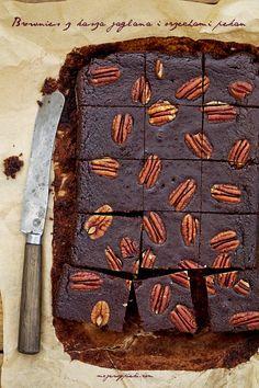 Moje Wypieki | Brownie z kaszy jaglanej z orzechami pekan