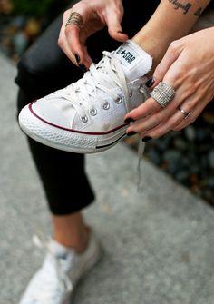 200 idee su Converse | converse, cavigliere, abiti converse