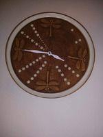 Kontakt :: Keramysh Clock, Christmas Tree, Holiday Decor, Wall, Home Decor, Watch, Teal Christmas Tree, Decoration Home, Room Decor