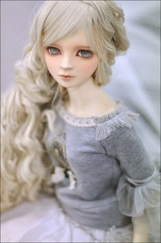 Super Dollfie Volks The Head F-16 & Eyes Gif by AnGeL LaHoO, via Flickr