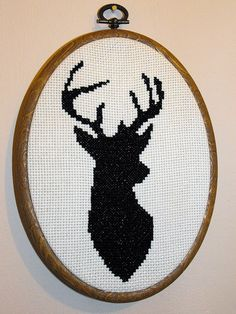 Free Stag cross stitch | http://phonecasecollections.blogspot.com