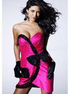 Taffeta Slim-Sheath Strapless Sweetheart Neckline Beaded Cocktail Dress