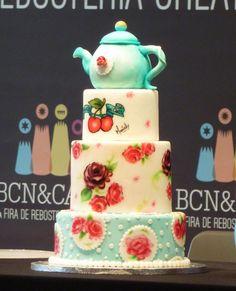 Curso Decoración de Tartas con Fondant en Barcelona, Talleres de Cupcakes y Galletas