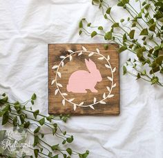 Easter Bunny with Wreath wall decor from Etsy. Easter Projects, Easter Crafts, Easter Decor, Easter Centerpiece, Bunny Crafts, Easter Table, Easter Party, Easter Gift, Easter Ideas
