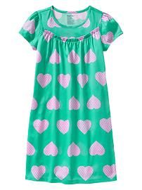 Heart nightgown - Introducing our new Mix Match PJ collection: Bedtime Favorites. Try out prints on prints or stick to solids – make it your own! Kids Dress Wear, Dresses Kids Girl, Dress Neck Designs, Blouse Designs, Tiki Dress, Night Gown Dress, Kids Nightwear, Muslim Women Fashion, Cotton Sleepwear