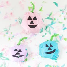 You can fill these pumpkin surprise balls with non-candy treats or go for it & shower the kiddos with candy!