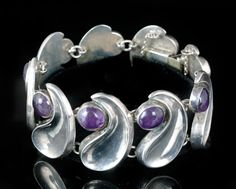 """Comma"" design bracelet in sterling silver and amethyst by Antonio Pineda, Taxco, 1940's."