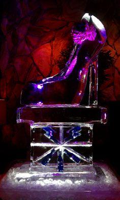 Ice sculpture shoe