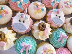 Rainbow Unicorn Cupcakes                                                                                                                                                                                 Más