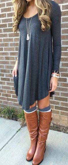 Outfit with boots Grey Plain Irregular Long Sleeve Casual Chic Style T-Shirt Looks I LOVE! Love the Layered Boots Socks! Grey Plain Irregular Long Sleeve Casual T-Shirt - T-Shirts - Tops Mode Outfits, Fashion Outfits, Womens Fashion, Fashion Trends, Fashionable Outfits, Fashion Shirts, Fashion 2017, Street Fashion, Fashion Ideas