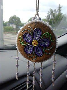 - Dene Beadwork More - Native Beading Patterns, Beadwork Designs, Beaded Jewelry Patterns, Bead Patterns, Indian Beadwork, Native Beadwork, Native American Beadwork, Seed Bead Crafts, Beaded Crafts