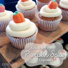 These gluten free Pumpkin Cupcakes are not only delicious, but moist and airy. Topped with cream cheese frosting, and mallow pumpkins, these cupcakes are a must try for everyone who loves dessert! Cupcakes With Cream Cheese Frosting, Yummy Cupcakes, Simple Cupcakes, Sin Gluten, Gluten Free Party Food, Free Food, Pumpkin Spice Cupcakes, Gluten Free Pumpkin, Thanksgiving Desserts