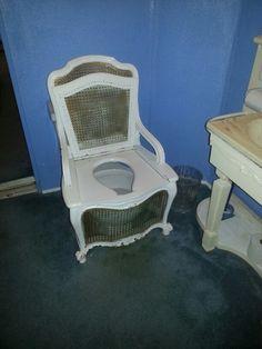 Cool toilet lol