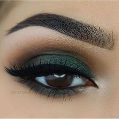 beautiful brown eyes with green eyeshadow #makeup