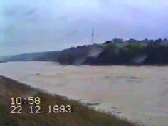 #Hier selbstgedrehtes #Video #von #mir #vom #Hochwasser #in #Saarbrue... #Hier selbstgedrehtes #Video #von #mir #vom #Hochwasser #in #Saarbruecken 1993..  #Sorry #die #Qualitaet #ist echt mies 😂Ein #privates gedrehtes #Video #vom #Hochwasser 1993 #in #Saarbruecken... #Es #gibt ja gelegentlich #Hochwasser #in #Saarbruecken, #aber #das #war #schon heftig...... #Da hatt...  #Saarbruecken / #Saarland | #Hier selbstgedrehtes #Video #von #mir #vom #Hochwasser http://saar.city/?p